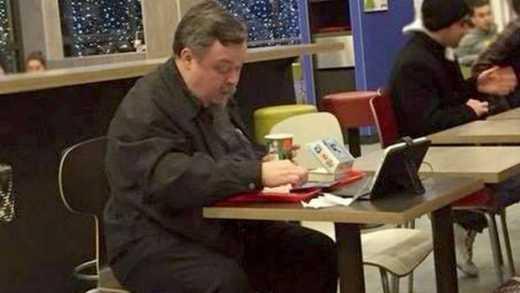 Російський священнослужитель порушував піст у McDonald's