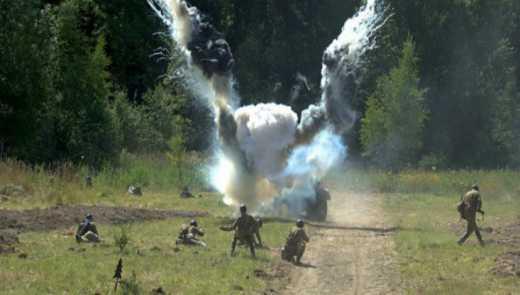 Під Маріуполем на міні підірвалися четверо українських військових