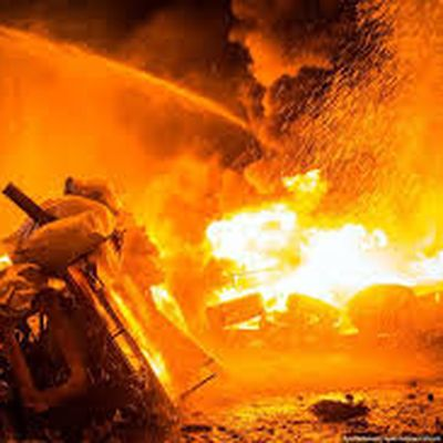 В центрі Донецька підірвали БТР із бойовиками, є загиблі