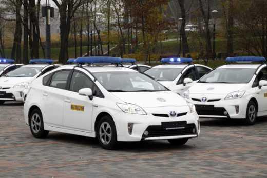 За обпісяне міліцейське авто провідник Львівської залізниці заплатить штраф