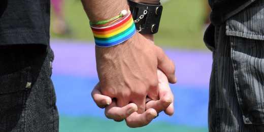 В Греції узаконили одностатеві шлюби