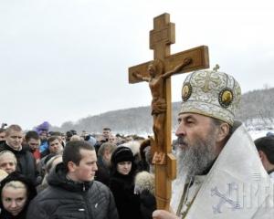 Москва засилає на Західну Україну семінаристів-тітушок