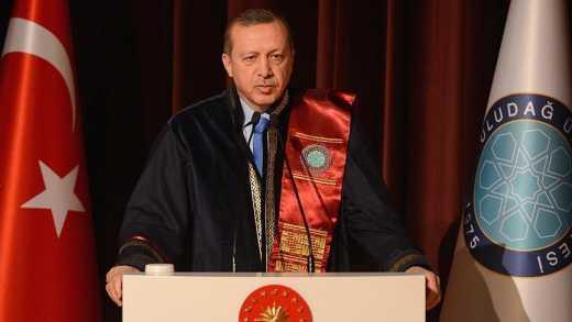 Путин – это клоун, надутый газом, – Эрдоган.