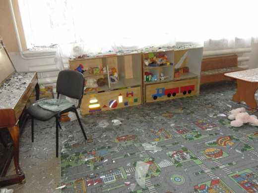 «ДНРовцы» обстреляли детский сад вечером, в день Св. Николая (ФОТО)