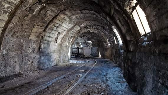 На Волыне обвалилась шахта, есть жертвы