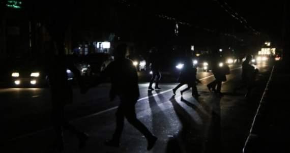 Овцебунт: севастопольцы заблокировали трассу с требованием вернуть свет