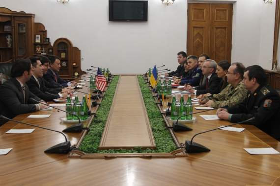 Міністерству оборони України допомагатимуть американські радники