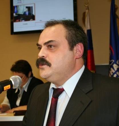 Мера Мурманська шантажують біженці з України