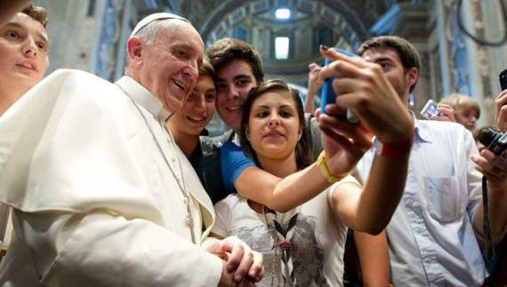 Інтернет є Божим даром, – Папа Римський