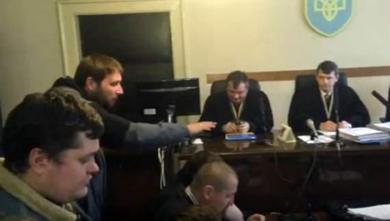 Парасюк  «охолодив» прокурора, кинувши пляшку йому в обличчя (ФОТО)
