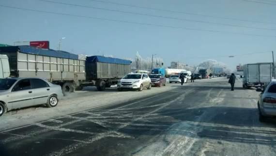Полтавські АТОшники перекрили трасу Харків-Київ (ВІДЕО)