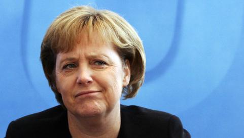 Рейтинг Ангелы Меркель рекордно снизился