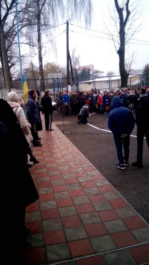 Скандал у Тернополі: директор профтехучилища знущається над учнями  (ВІДЕО)