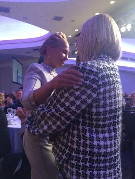 Непримиримые оппонентки Тимошенко и Герман в Вашингтоне сердечно обнялись и простили друг друга