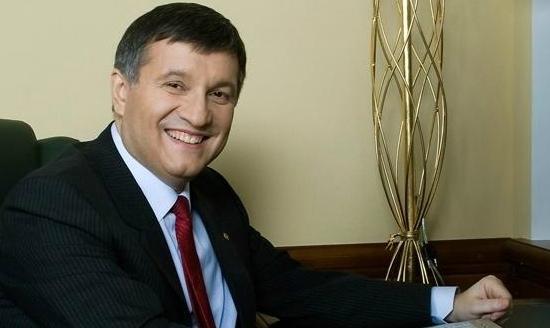 Аваков: Альтернативи Яценюку немає