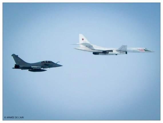 Российский Ту-160 совершил провокацию над Ла-Маншем ! /фото/