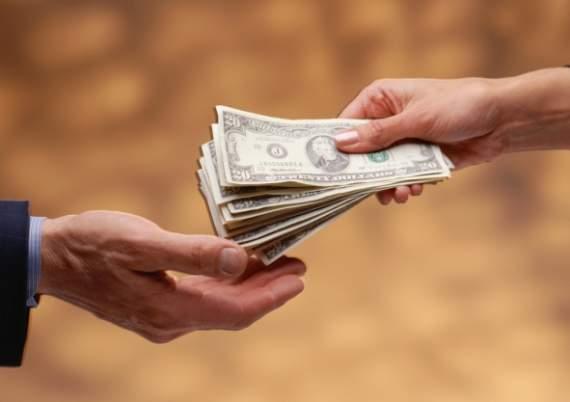 У Білорусі введуть нагороду за корупціонера
