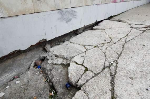 Крым покрывается трещинами (фото)