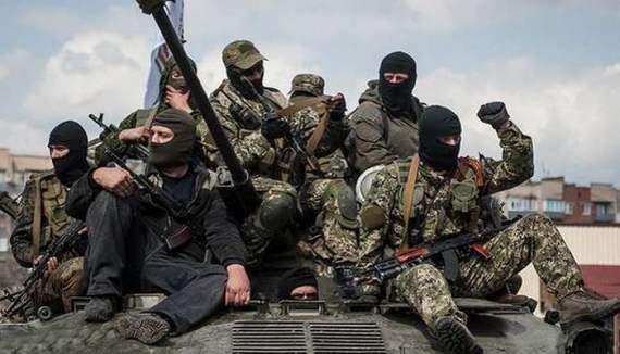 Російські війська посилюють позиції бойовиків на Донбасі