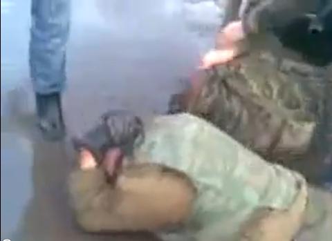 Чечня. Местные срочники избивают солдат из центральных областей РФ. А могли бы и головы поотрезать