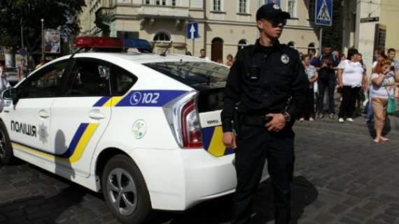 Столичні поліцейські провчили зухвалу водійку