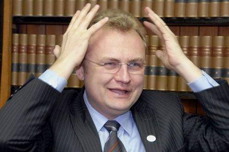 Садовой рассказал о звонке Порошенко в день голосования по Кабмину и о сговоре олигархов