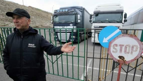 Польша и Турция закрыли проезд для российских грузоперевозчиков