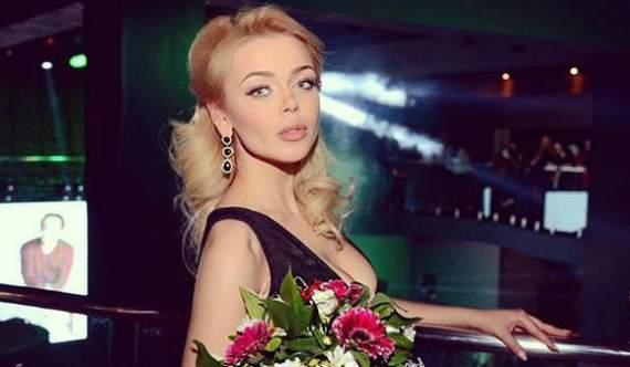 Ще одна українська співачка подалася на заробітки в Росію
