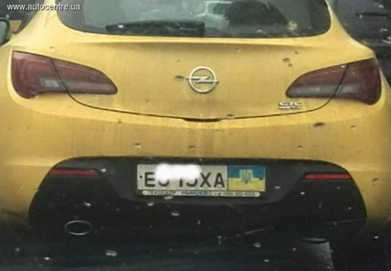 kak-v-ukraine-maskiruyut-rossiyskie-avtomobili_01