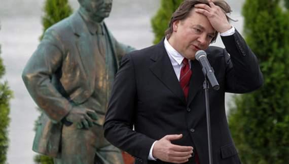Путінського пропагандиста привітали прокльонами
