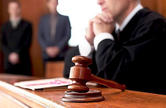 На Донбасі суддя згвалтував адвоката