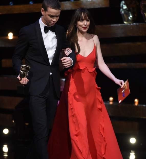 will_poulter_and_dakota_johnson1