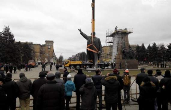 Фото дня: Ленин – всьо!