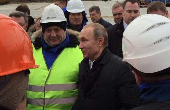 Мужик, похожий на Путина, пообещал Крыму избыток электроэнергии, но к весне 2018 года