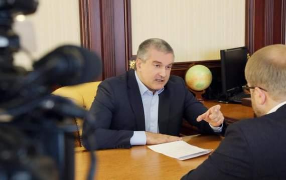 Аксенов заявил, что «главой» Крыма его назначил Янукович-живой и легитимный. О как