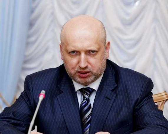 Турчинов требует от Порошенко продать Рошен и заниматься государством, а не барыжничеством