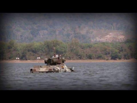 Зроблено в Україні: Українські БТР-3Е1 сухопутних військ Таїланду долають водну перешкоду