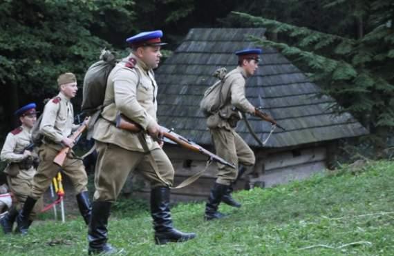 УПА и «Продуктовые отряды НКВД».