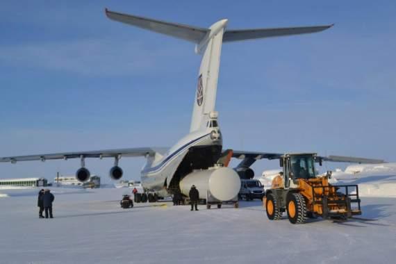 Украинские соколы покоряют Гренландию (фото)