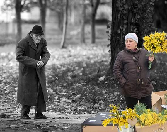 В России старикам запретят ходить по врачам