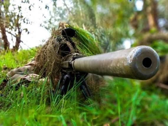 Украинский чеченец – снайпер шесть часов держал в страхе колонну боевиков