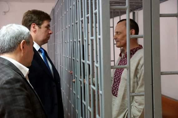 «Единственное преступление мое перед Россией — это то, что я украинец, — заявил во время последнего слова Карпюк.