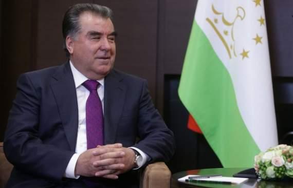 Таджикистан проголосовал за пожизненное правление Рахмона