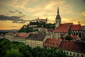 Словакия заявила об отказе снять санкции против России