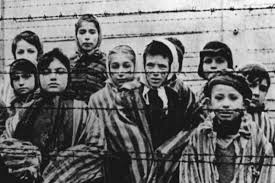 Кацапы выступили с наездом на украинцев – дескать те убивали евреев в холокост