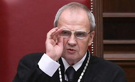 Глава Конституционного суда РФ: Россия не является правовым государством