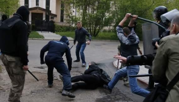 На Полтавщині 9 людей побили чоловіка за участь в АТО