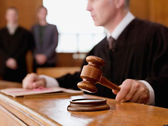 Конституционный суд решил отменить закон о люстрации (ДОКУМЕНТ)
