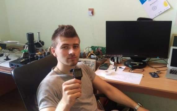 Изобретатель из Винницы создал часы-навигатор для бойцов АТО