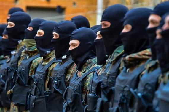В Киеве военное восстание: батальоны собираются на Крещатик (ВИДЕО)